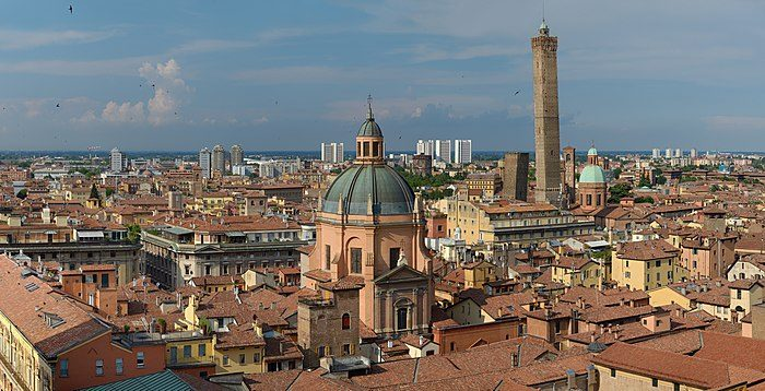 BOLOGNA a tour of Art, History and Food