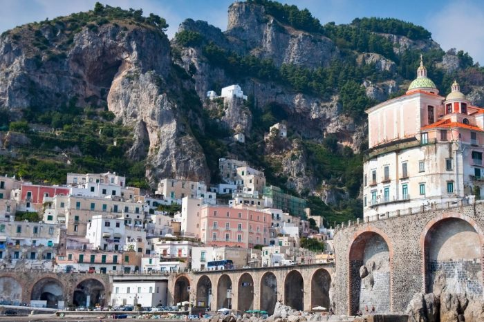 """SORRENTO AND AMALFI COAST SPLENDOUR SHORES"" From Rome Airport"