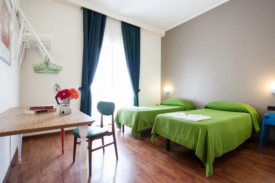 MILAN – HOSTELS for Youth GROUPS