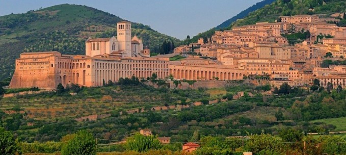 UMBRIA: the Heart of the ITALY