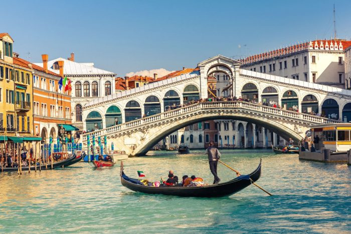 VENICE Tour – Collected Tour in English