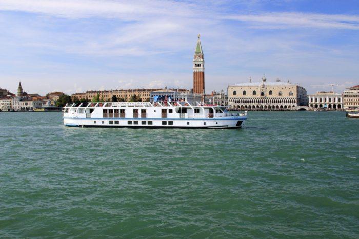 """""""La Bella Vita"""" a Wine Cruise in Italy"""